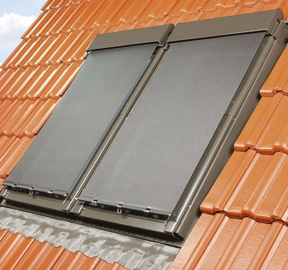 universal hitzeschutz markise fakro dachfenster rooflite. Black Bedroom Furniture Sets. Home Design Ideas