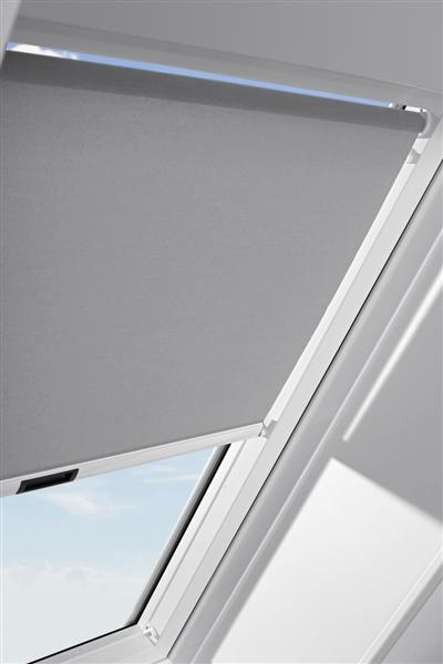 dachfenster 55x72 rollo schutzfolie gratis vkr konzern velux rooflite balio ebay. Black Bedroom Furniture Sets. Home Design Ideas