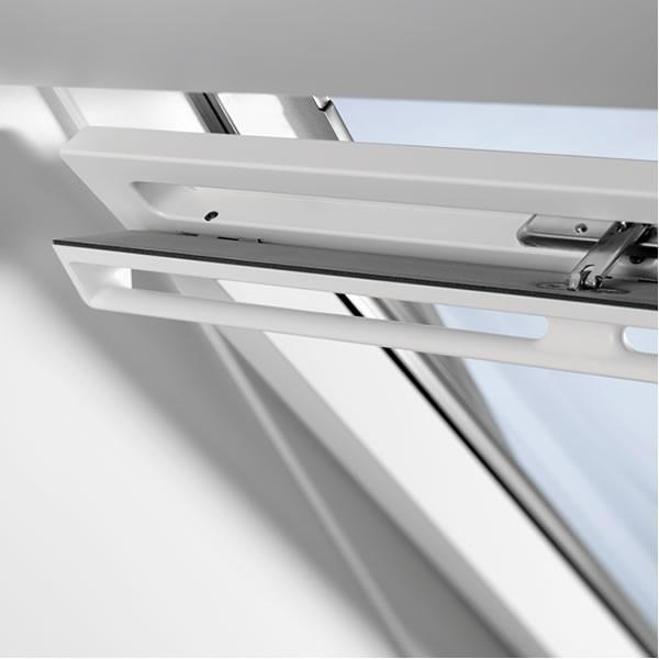 dachfenster velux ggu 0060 5 star verglasung kunststoff. Black Bedroom Furniture Sets. Home Design Ideas