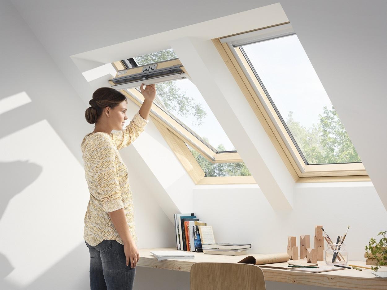original velux dachfenster schwingfenster holz fenster eindeckrahmen edz ebay. Black Bedroom Furniture Sets. Home Design Ideas